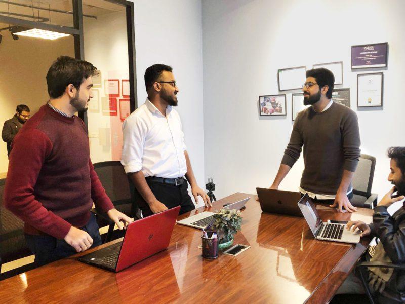 Huddle Coworking Space Meeting Room